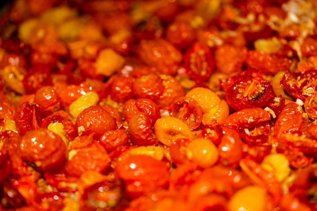 Oven roasted tomatoes with garlic, salt, and spices