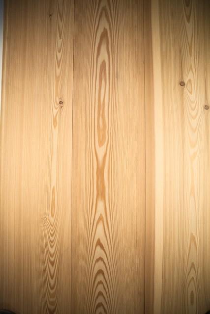 pavimenti in legno plancia larice vernicato opaco