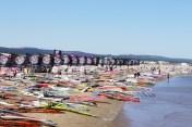 Défi Wind à Gruissan : 800 planches à voile sur la plage