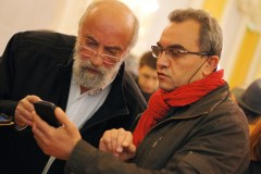Lundi 24 mars : photo prise la veille mais elle montre la tension dans les yeux de candidats aux élections municipales