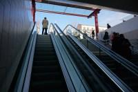 Samedi 17 janvier 2015 : escalators et homme en imperméable