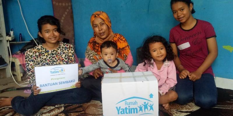 Rumah Yatim Kembali Salurkan Bantuan ke Warga Kurang Mampu di Pekanbaru