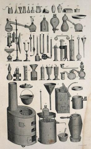 sw-Zeichnung: viele verschiedene Laborgeräte