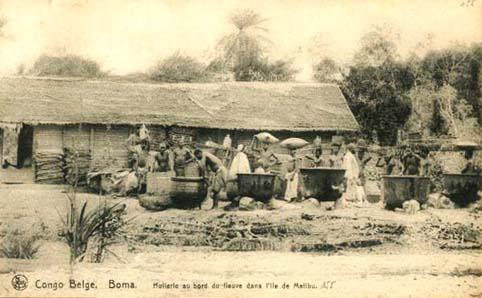altes Foto: Ölherstellung in Afrika