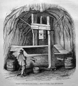 alter Stich: große hözerne Weinpresse