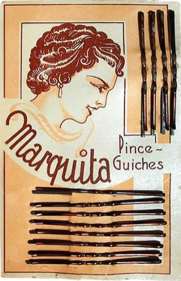 farbig bedrucktes Pappkärtchen mit Haarklemmen - 1930