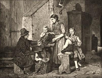 Holzstich: alter Mann zeigt Landfrau mit drei Kindern Waren aus seinem Tragekorb - 1893