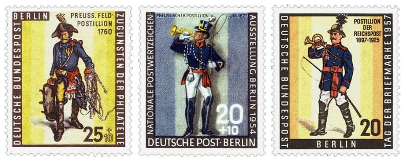 Briefmarken: drei Preussische Postillione in blau-roter Uniform