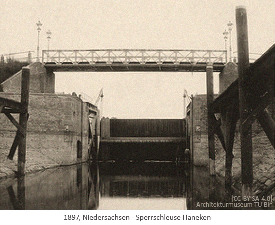 sw Foto: alte Sperrschleuse Haneken - 1897, Niedersachsen