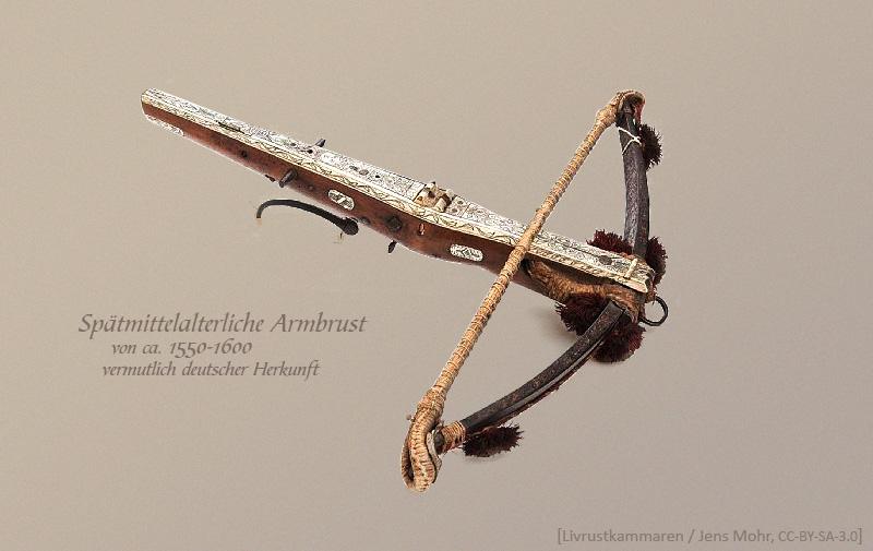 Farbfoto: Spätmittelalterliche Armbrust, vermutlich deutscher Herkunft - ca. 1550-1600