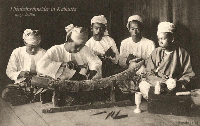 sw Foto: 5 Elfenbeinschneider in Kalkutta - 1903, IN