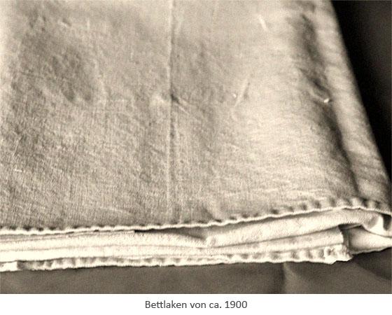 sw Foto: Bettlaken von ca. 1900