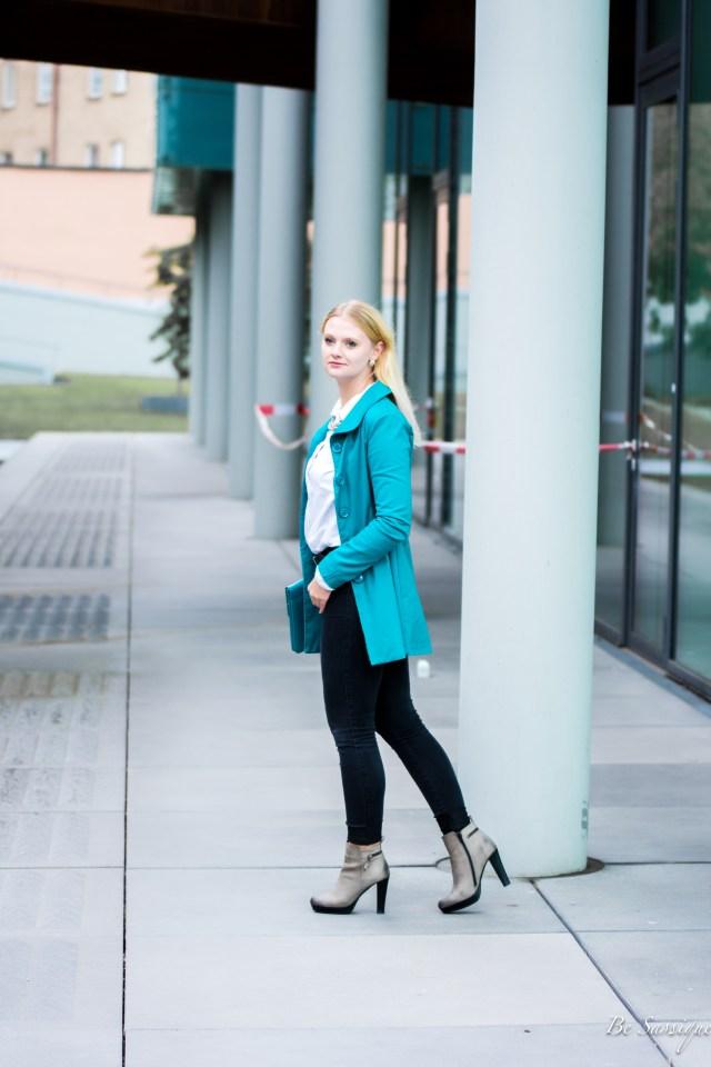 Motivation-Kreativität-Herbst-Blgger-München-Fotoshooting-Trenchcoat-Blond