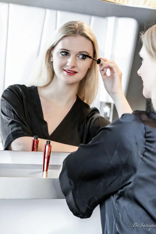 das perfekte make up f rs erste date so kriegst du ihn be sassique. Black Bedroom Furniture Sets. Home Design Ideas
