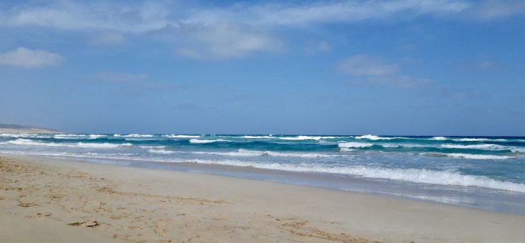 A paradise beach visiting the awesome Boa Vista in Cabo Verde