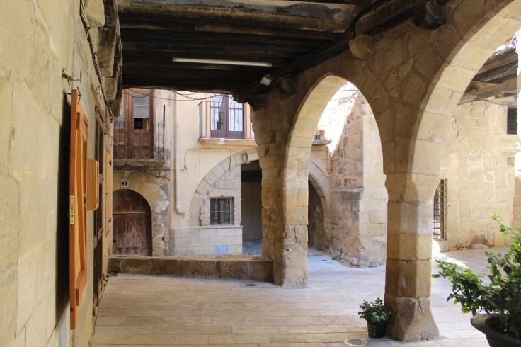 Plaça de l'Església, Horta de Sant Joan