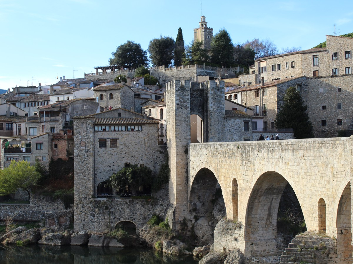 Let's get lost in Catalonia! The 10 most picteresque non-coastal Catalan villages.