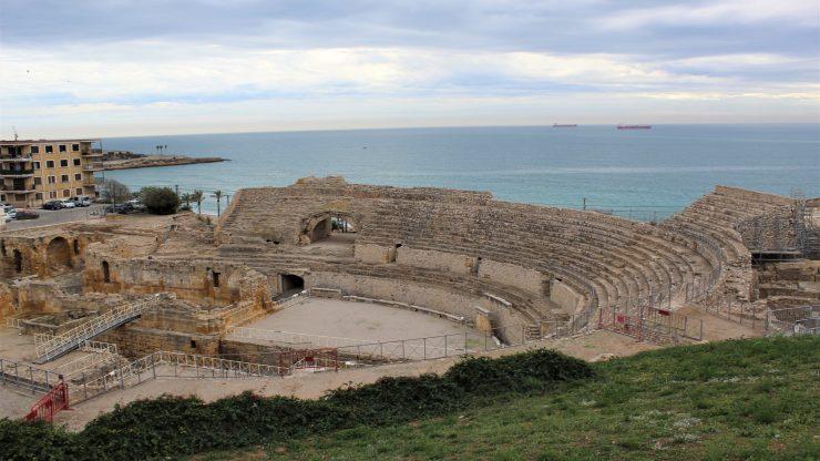 Roman itinerary in Tarragona. Roman Amphitheater of Tarragona.