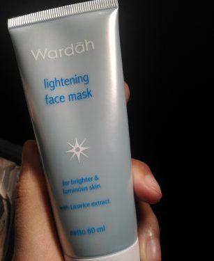 Review Wardah Lightening Face Mask
