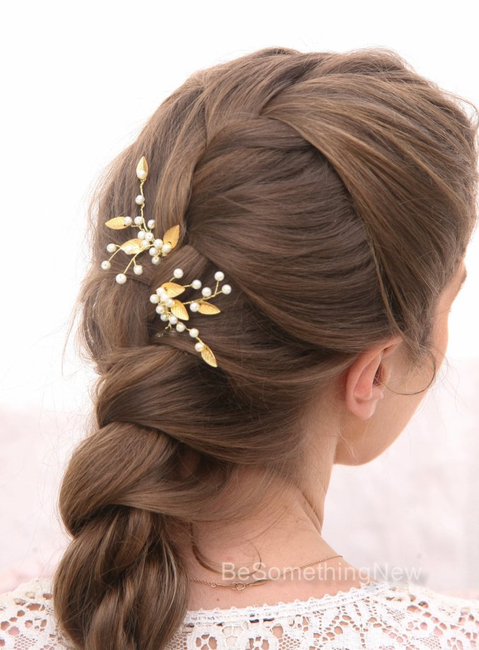 pearl and gold metal leaf bridal hair pin set wedding hair accessories,