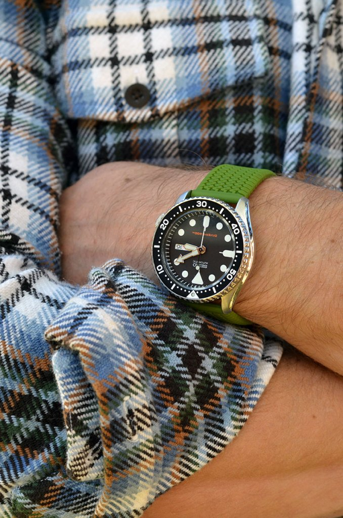 A casual watch band example