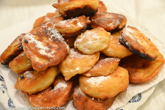 Apfelkiechle, the Alsatian Carnival apple doughnuts
