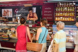 Delicatessen for the gourmet are available on the market