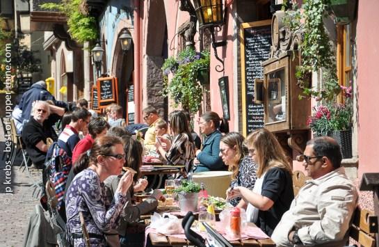 Eating outside at the Dolder restaurant