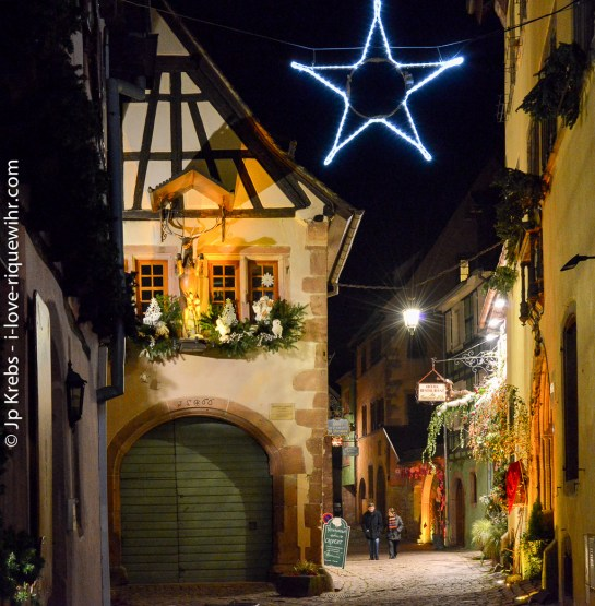 Off the main street, a romantic atmosphere in a small narrow street