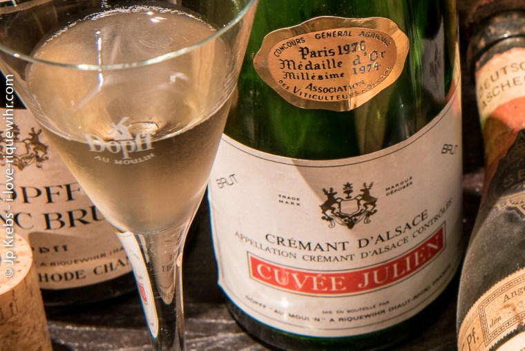 Finally, the appellation Crémant d'Alsace is recognized in 1976! The sparkling wines of the 1974 vintage that are ready to drink in autumn 1976 are the first to display the long-awaited mention!