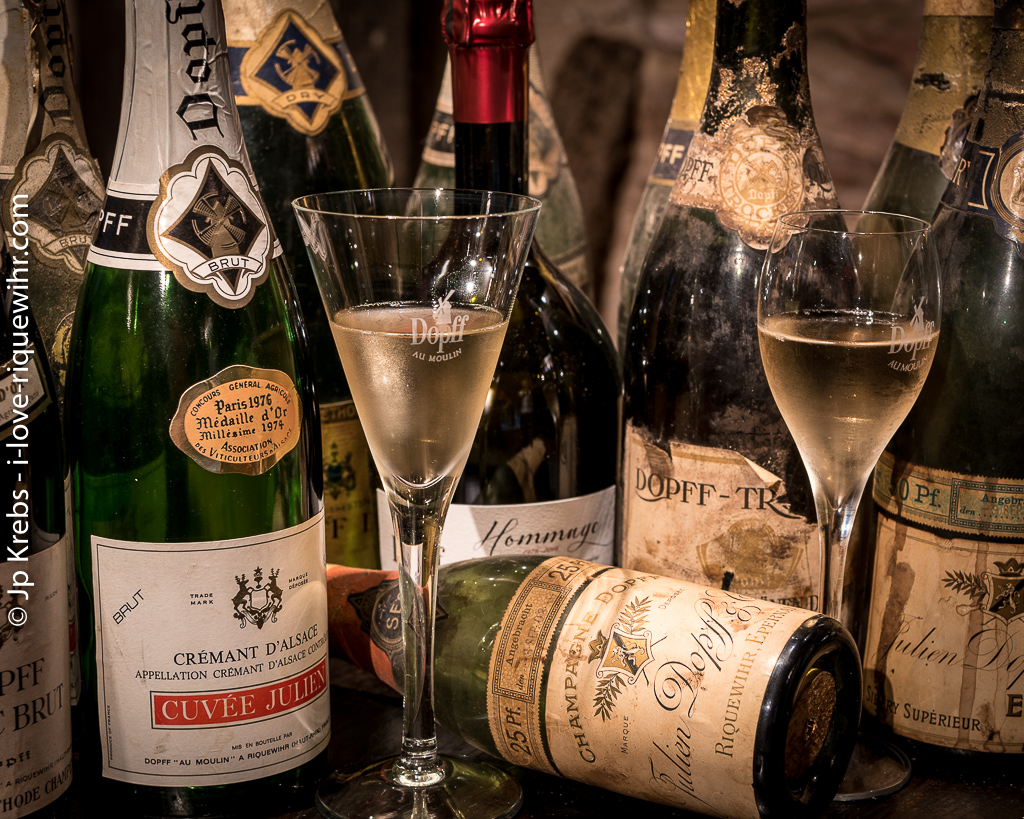 More about the sparkling Crémant d'Alsace wine