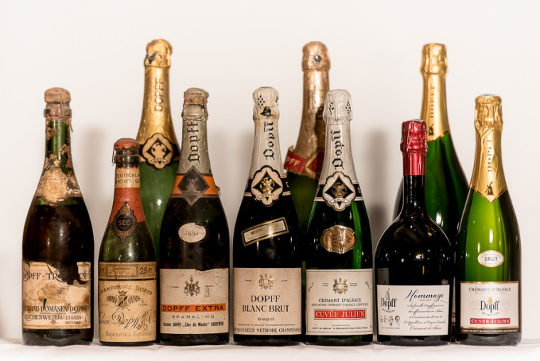 It looks like a family picture. Crémant created before the First word war to the actual cuvée.