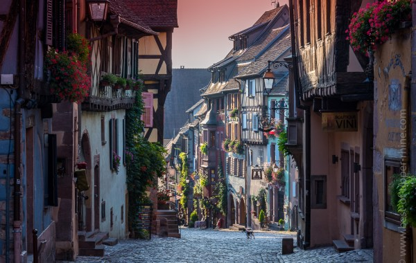 Riquewihr main street at 08:30 am in mid-September