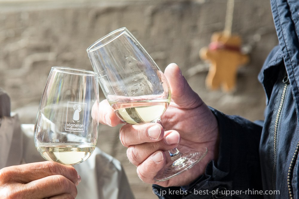 Lovers of great wines from all over the world have gathered in fifty families of Vignerons Indépendants d'Alsace (independent winemaker) for an annual event that has become a must: the picnic at Pentecost.