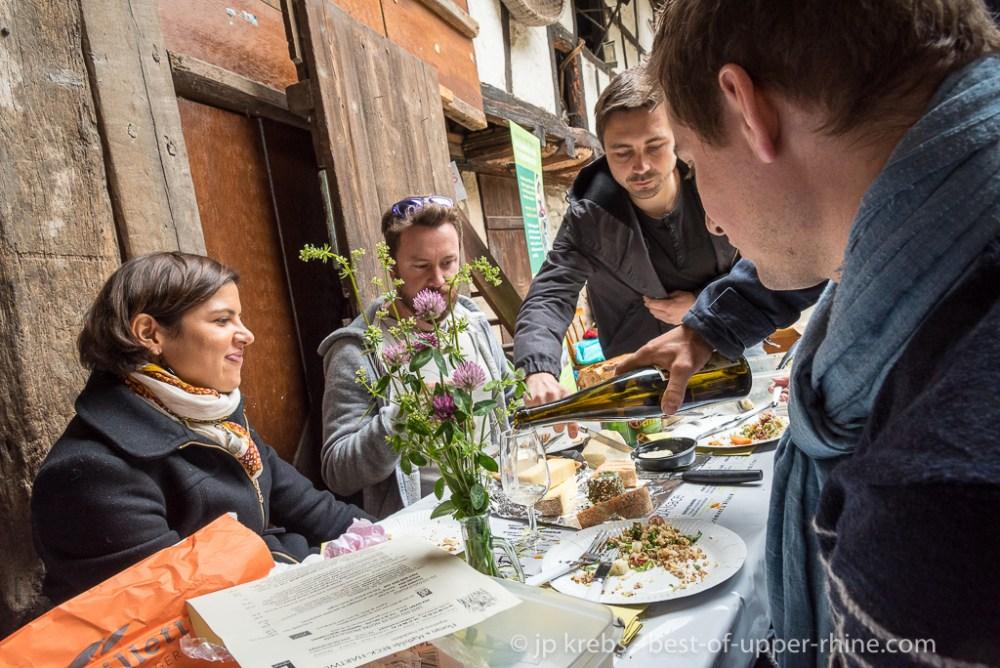 Dambach-la-Ville Whit Monday, picnic at Domaine Beck-Hartweg