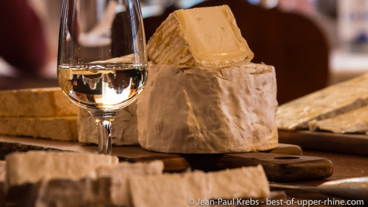 Workshop pairing cheese with wines from Alsace.