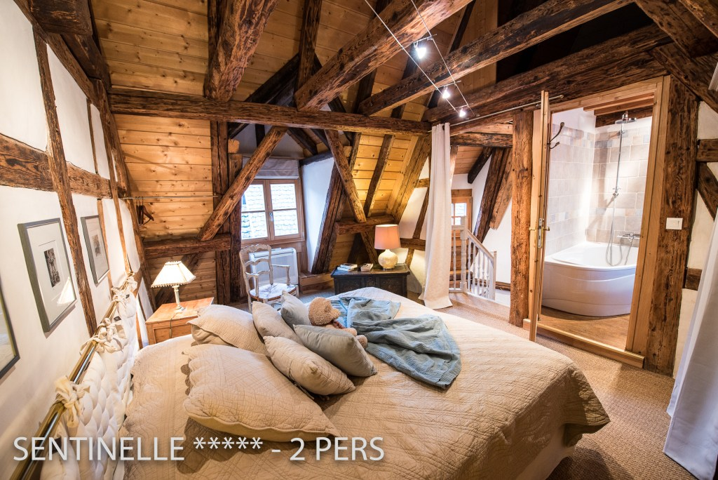 The Bedroom with insuite bathroom of the Sentinel, charming holiday apartment for 2 persons in Riquewihr
