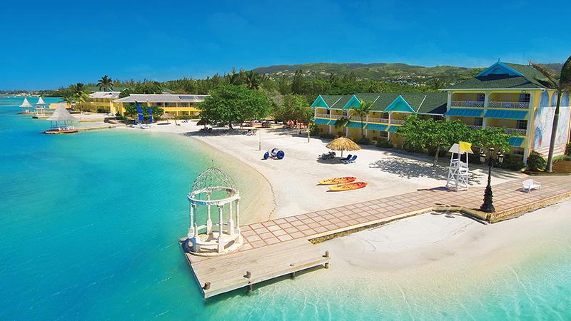 caribbean-spring-break-resorts-sandals-royal-caribbean