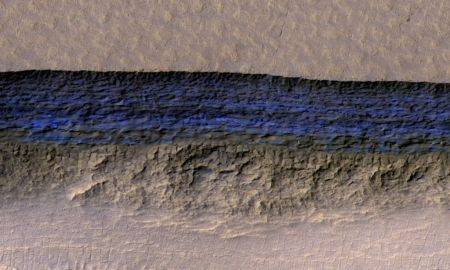 1515769907 big sheets of water ice lie just beneath the surface of mars - Big sheets of water ice lie just beneath the surface of Mars