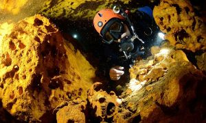 1516261072 largest known underwater cave on earth discovered in mexico holds clues to mayan civilization - Largest known underwater cave on Earth discovered in Mexico; holds clues to Mayan civilization