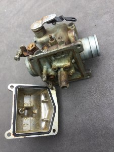 honda-cb350-4-carburettor before ultrasonic cleaning (2)