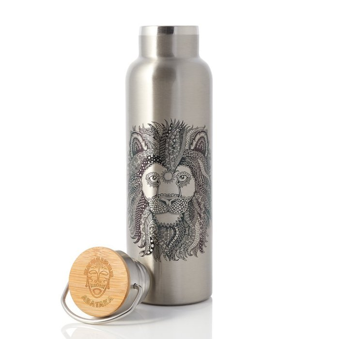Abataka Stainless, is the best travel water bottle, the design reminds you about Japan, and the bottle has a nice bamboo lid.