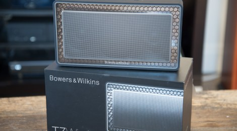 B&W bowers and Wilkins T7 wireless speaker review