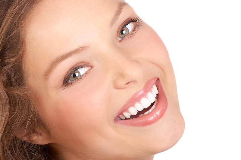 a cosmetic dentist in beverly hills