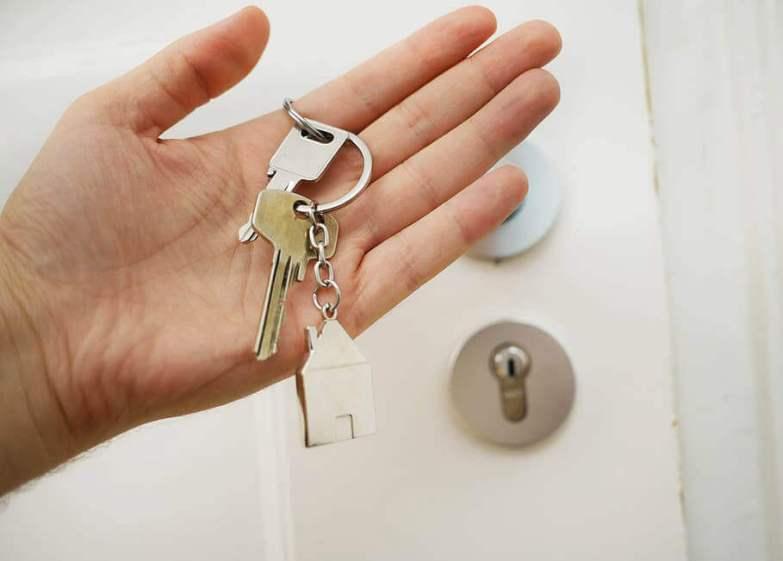 hiding keys outside