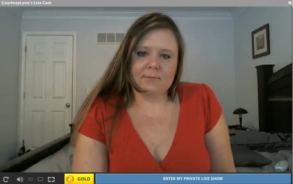 A REAL bbw housewife that does live cam shows at streamate.com