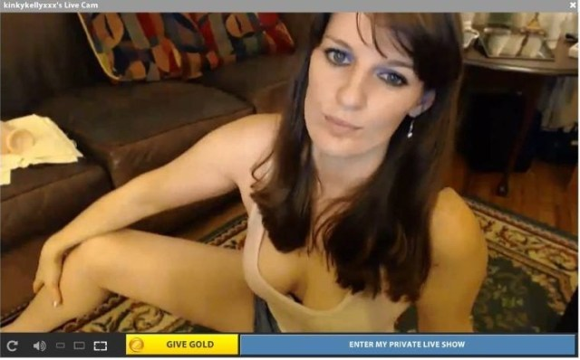 kinkykellyxxx now, looking hotter than ever.