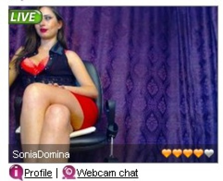 An example of Evelive.com internet models.