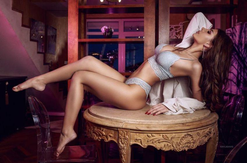 Most Beautiful Naked Women