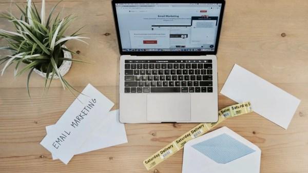 SendGrid VS MailChimp Features & Pricing